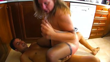 Chubby mature slut gets anal fucked and slapped in the kitchen