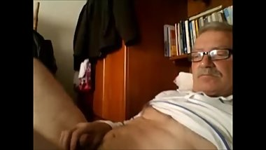 Old hansome guy shoots huge load after hours of edging