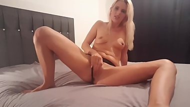 Sexy strip and pussy play from hot milf