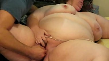 Old SSBBW Wanda Gets Fisted