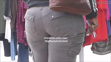 THICK EBONY IN CARGO PANTS!!!