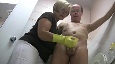Mature Yellow Rubber Gloves Handjob