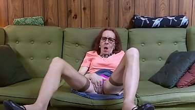 Sissy Jacueen - Mature TG Couch Solo
