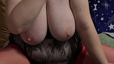 huge tits, hairy pussy, chubby milf fucking with a dildo on webcam