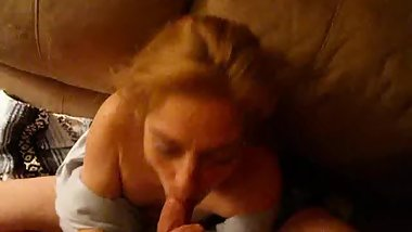 Hot Italian mature knows how to suck a dick