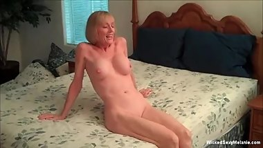 Pounding Grandma Pussy With Interest