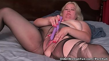Blonde BBW milf Jacks from the USA pleasures her plump pussy with a sex toy