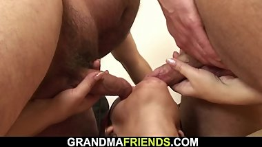 Very old hairy granny enjoys double penetration