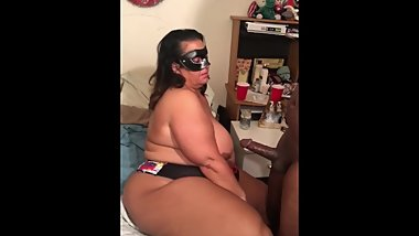 PAWG BBW Ass Rub Leads to BBC Blow Job follow on IG @Pawg_RobbieLee )