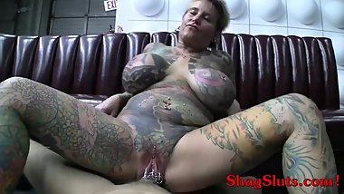 Tattooed Mature With Big Tits Gets Facial