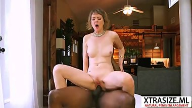Lovely Not Mom Jamie Foster Wants To Fuck Sweet Teen Step son