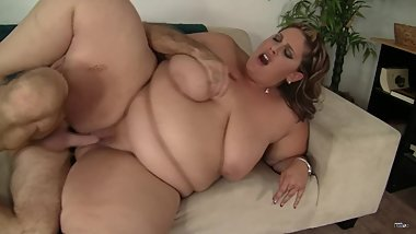 Mature BBW lady with really huge boobs getting fucked