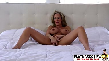 Gorgeous Mom Brandi Love Riding Cock Hard Hot Step son