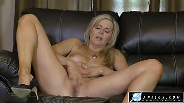 Cougars Dripping Wet Pussy