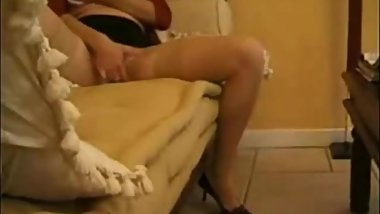 My cute aunt guest at our home caught masturbating